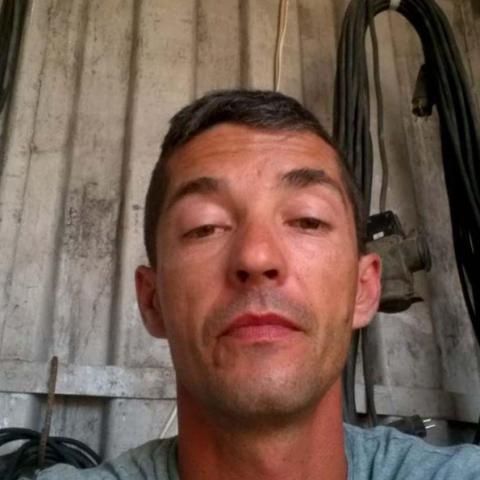 Attila, 43 éves társkereső férfi - Kölesd