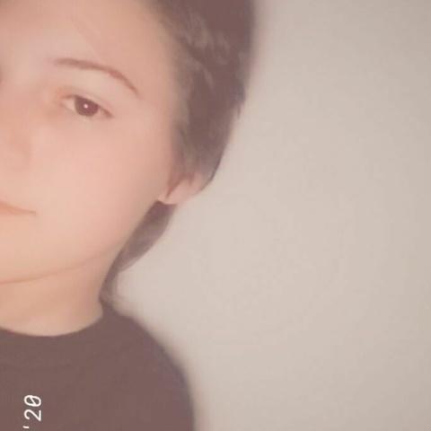 Réka, 16 éves társkereső nő - Abony
