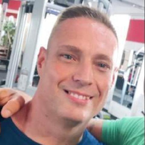 Laci, 45 éves társkereső férfi - Budapest