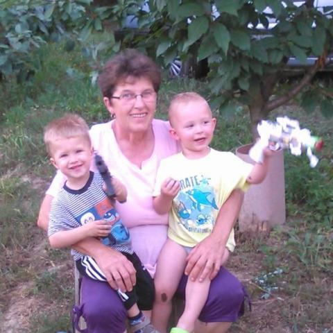 Anna Mária, 63 éves társkereső nő - Döbrököz