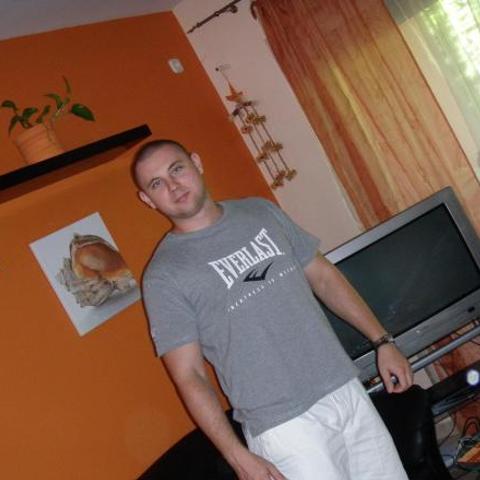 Zoltán, 35 éves társkereső férfi - Tatabánya