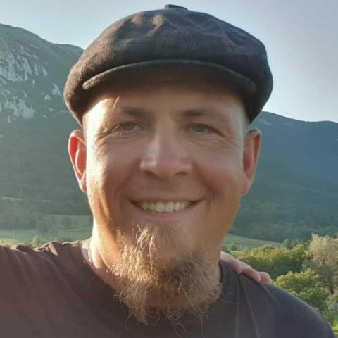 Roland, 37 éves társkereső férfi - Kecskemét