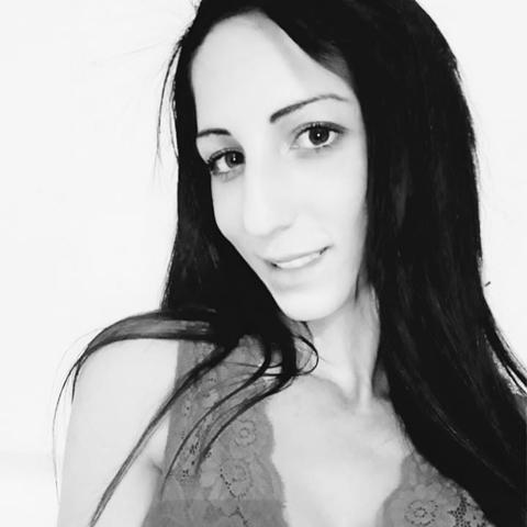 Klaudia, 29 éves társkereső nő - Dunaújváros