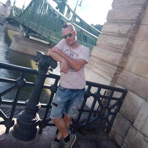 Csaba, 30 éves társkereső férfi - Heves