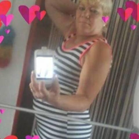 Erzsébet, 64 éves társkereső nő - Balassagyarmat