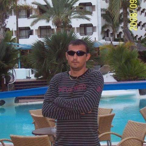 Csaba, 40 éves társkereső férfi - Szolnok