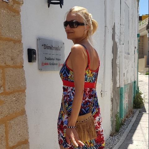 Katalina, 45 éves társkereső nő - Budapest