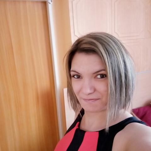 Csilla, 31 éves társkereső nő - Komárno
