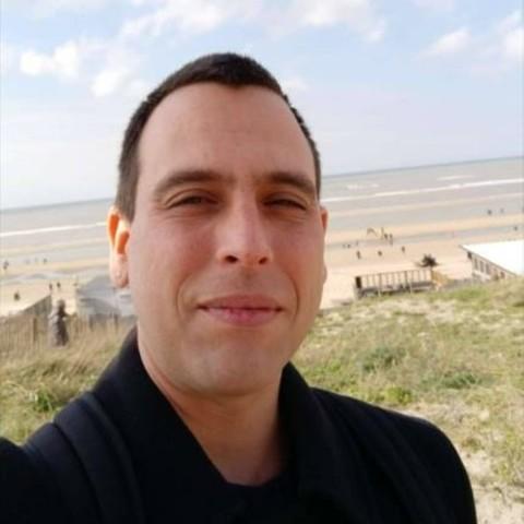 Miklos, 38 éves társkereső férfi -