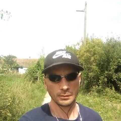 Sanyi, 33 éves társkereső férfi - Kölesd