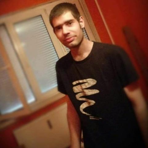 Krisztián, 25 éves társkereső férfi - Dunaújváros