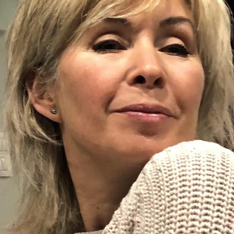 Ella, 60 éves társkereső nő - Debrecen
