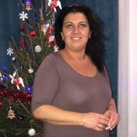 Csilla, 43 éves társkereső nő - Debrecen