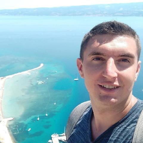 Tibi, 27 éves társkereső férfi - Debrecen