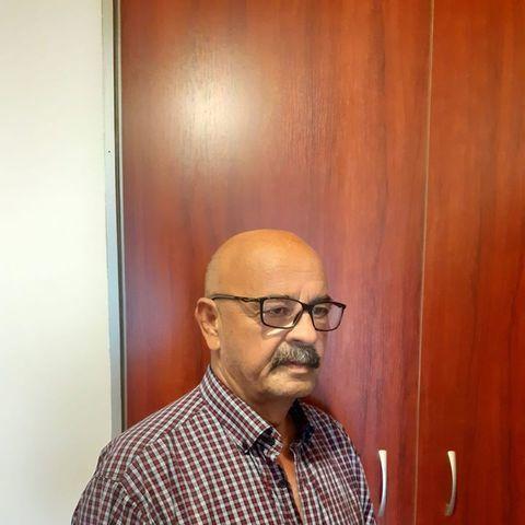 Sanyi, 64 éves társkereső férfi -