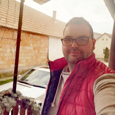 Márk, 27 éves társkereső férfi - Kismányok