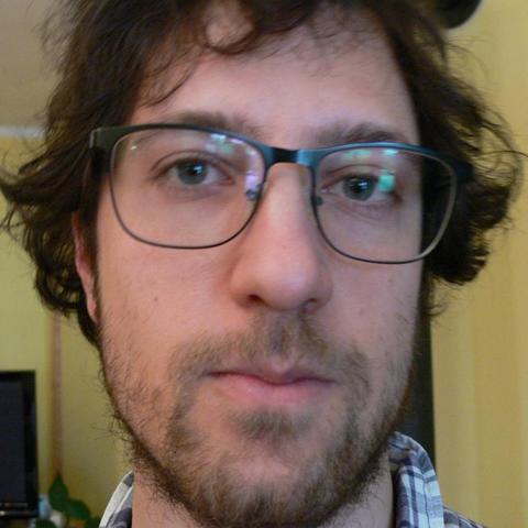 Sámuel, 30 éves társkereső férfi - Csikóstőttős