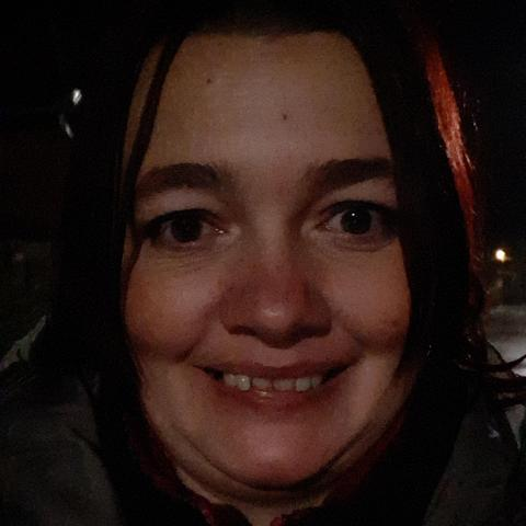 Eszter, 42 éves társkereső nő - Mikepércs