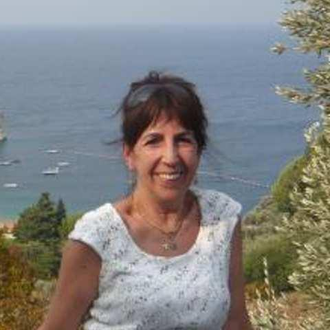 Margó, 72 éves társkereső nő - Szeged