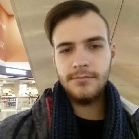 Ákos, 24 éves társkereső férfi - Baja