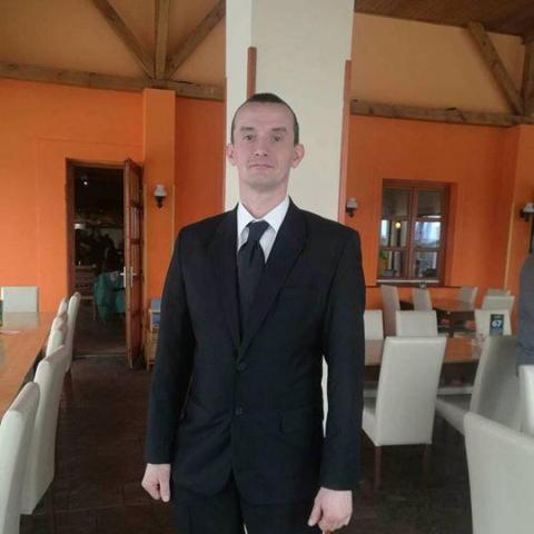 József, 43 éves társkereső férfi - Decs