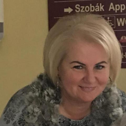 Andrea, 55 éves társkereső nő - Sopron