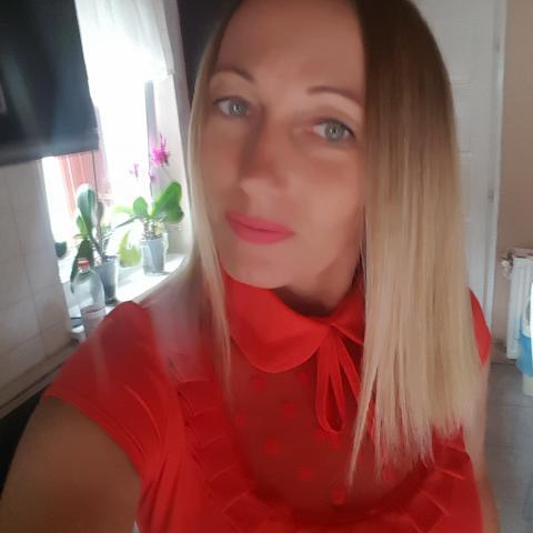 Ági, 44 éves társkereső nő - Budapest