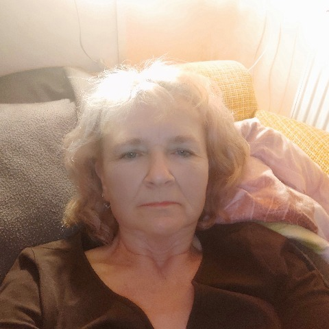 Valéria, 52 éves társkereső nő - Balassagyarmat