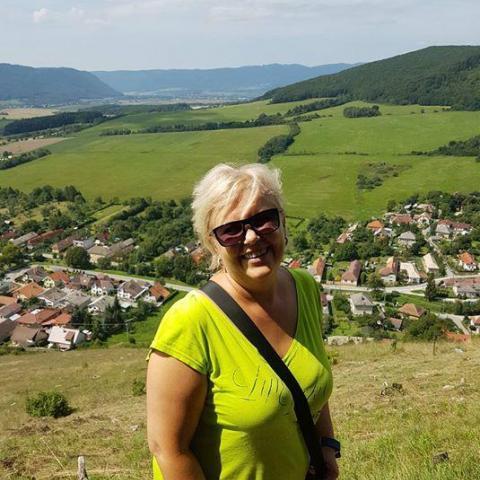 Ancsa, 58 éves társkereső nő - Újfehértó