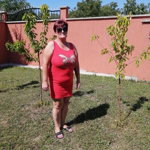 Valika, 59 éves társkereső nő - Kópháza