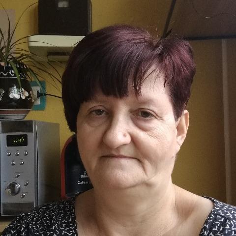 Klára, 59 éves társkereső nő - Ózd