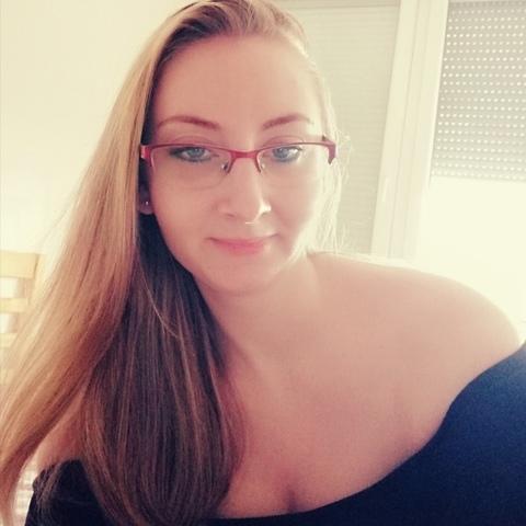 Luca, 27 éves társkereső nő - Budapest
