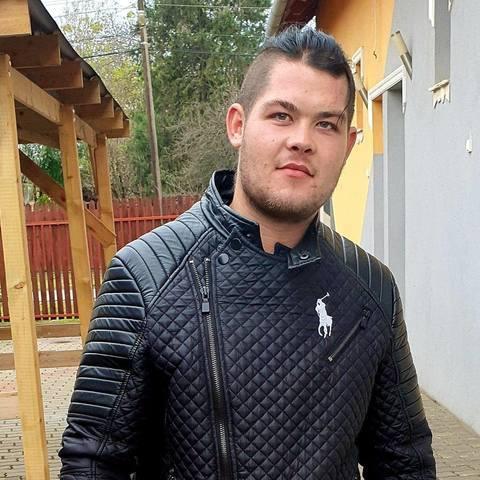 Sándor, 26 éves társkereső férfi - Szeged