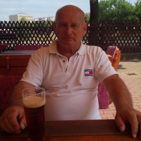 József, 69 éves társkereső férfi - Kaposvár