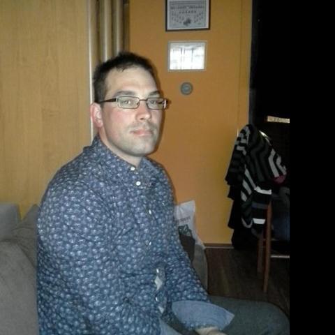 Ricsi, 35 éves társkereső férfi - Markaz