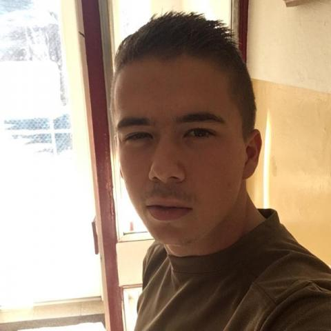 Gergő, 22 éves társkereső férfi - Pécs