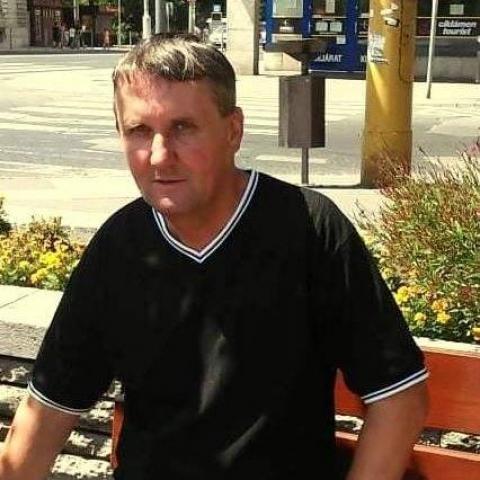 Tamás, 50 éves társkereső férfi - Komárom