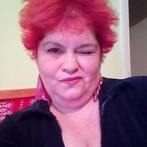 Emese, 47 éves társkereső nő - Tatabánya