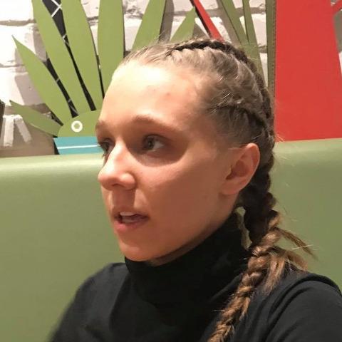 Eliza, 18 éves társkereső nő - Veresegyház