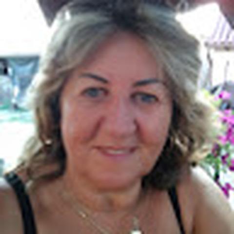 Zsuzsa, 66 éves társkereső nő - Cegléd