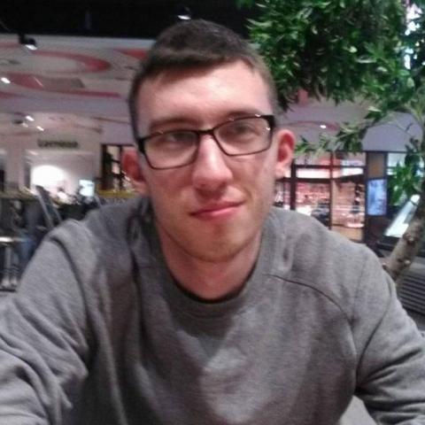Márk, 27 éves társkereső férfi - Szeged