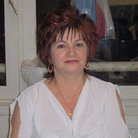 Mária, 60 éves társkereső nő - Szeged