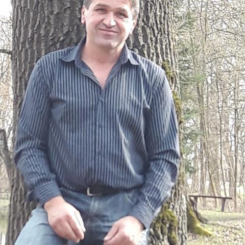 Zoli, 51 éves társkereső férfi - Szekszárd