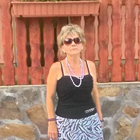 Ilona, 68 éves társkereső nő - Vámospércs