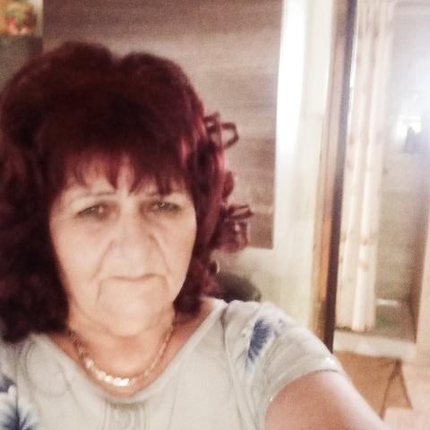 Iona, 56 éves társkereső nő - Tiszalök