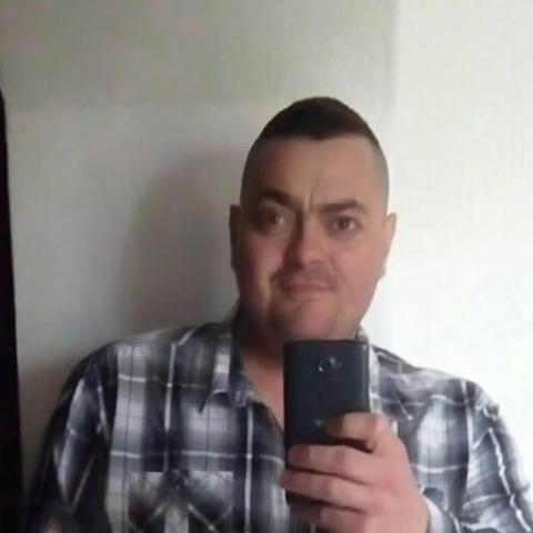 István, 42 éves társkereső férfi - Tata