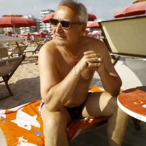 Péter, 67 éves társkereső férfi - Budapest
