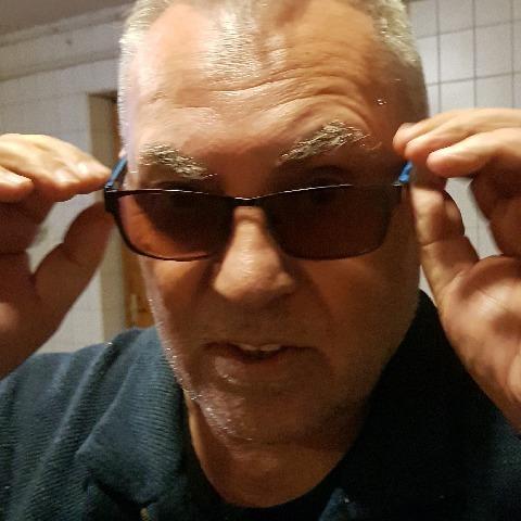 Zsigmond, 70 éves társkereső férfi - Eger