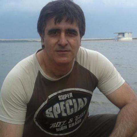 Artur, 47 éves társkereső férfi -