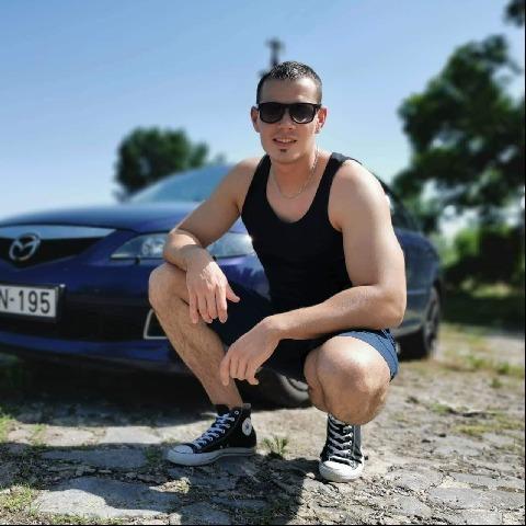 Balázs , 26 éves társkereső férfi - Boconád